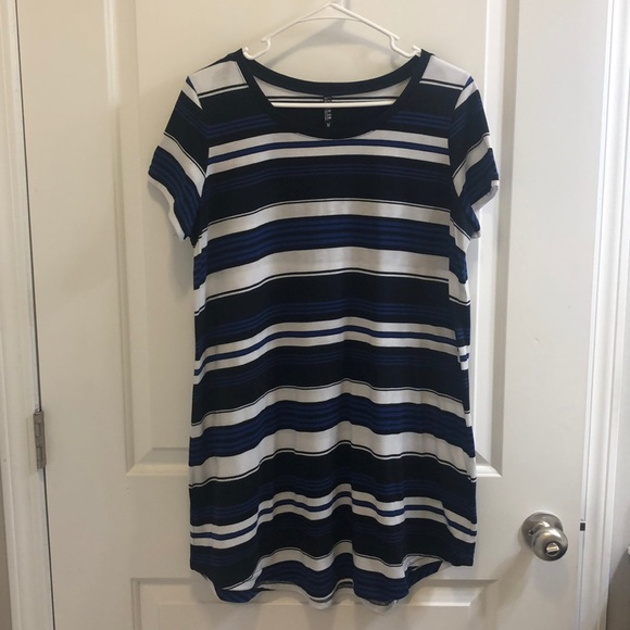 Cotton On Dresses & Skirts - Cotton On T shirt Dress